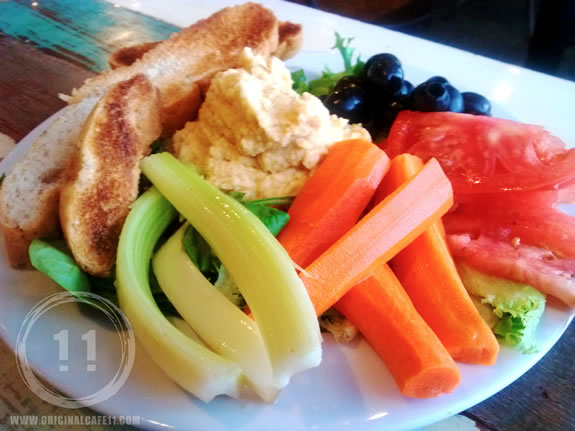 Gluten Free Hummus Platter Large