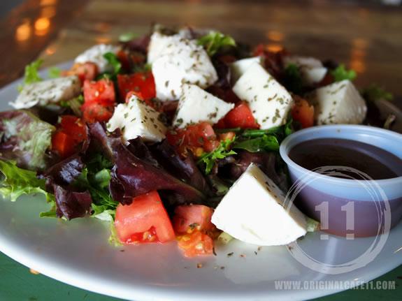 Gluten Free Tomato Mozzarella Salad