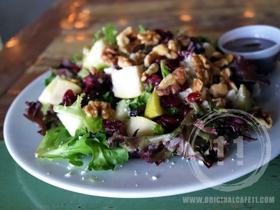 Pear & Berry Salad